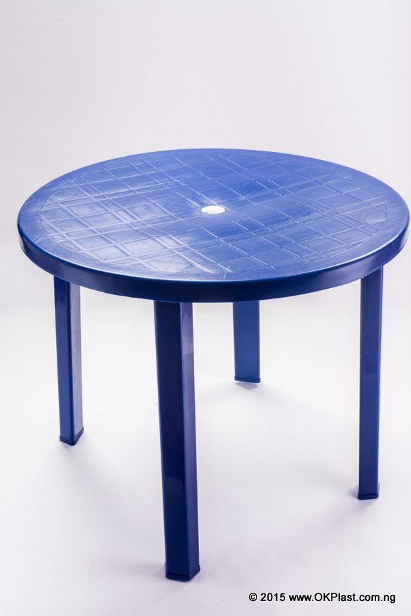 08-Round Table Colored